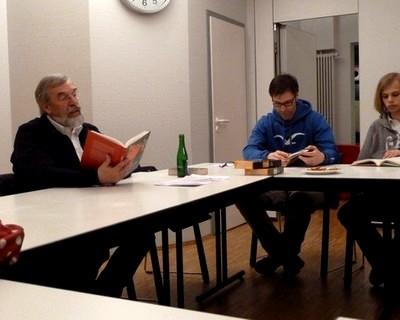 Rolf Fischer stellt den 2. Band seiner Geschichte der Kieler SPD vor.