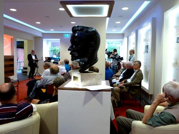 Emma-Sorgenfrei-Forum im Kieler Gewerkschaftshaus