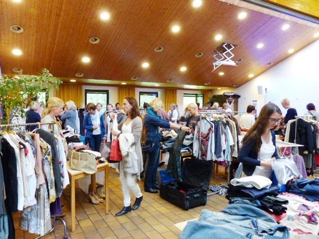 Frauenkleidermarkt heidgraben 2017