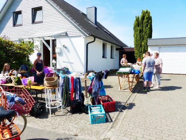 Frauenkleidermarkt kolln reisiek