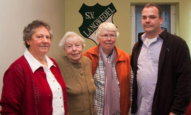 Frau Steffens, Frau Engemann und Frau Rohwer die Siegerinnen