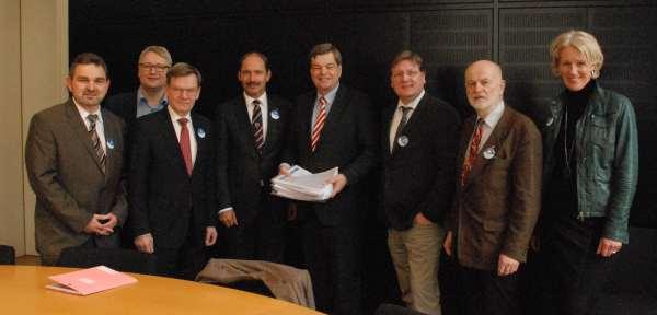 Die Delegation aus Rendsburg und Osterrönfeld