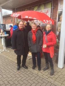 Info-Stand Markttreff Steinfeld; Foto: Birte Pauls