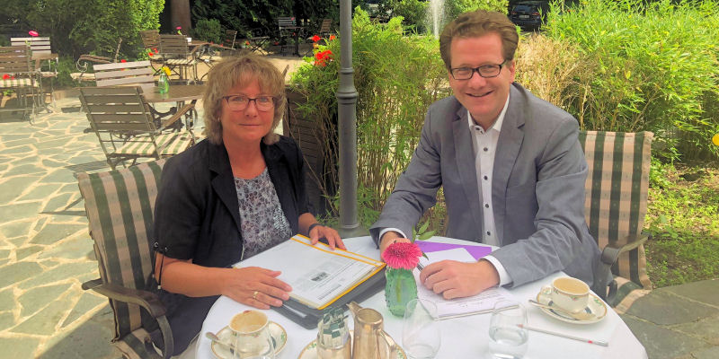 Foto: Anja Renziehausen und Martin Habersaat im Waldhaus
