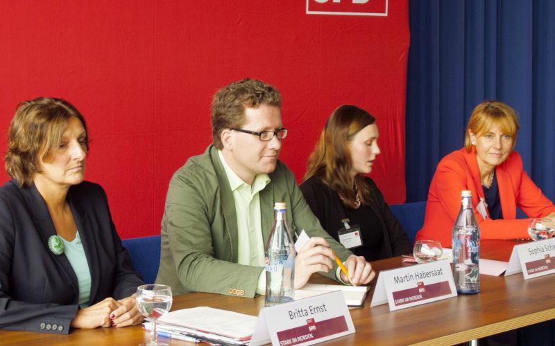 Foto: Ernst, Habersaat, Schiebe, Bulmahn