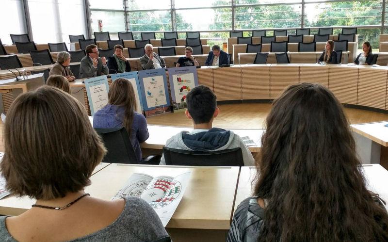 Foto: Martin Habersaat bei einer Diskussionsrunde