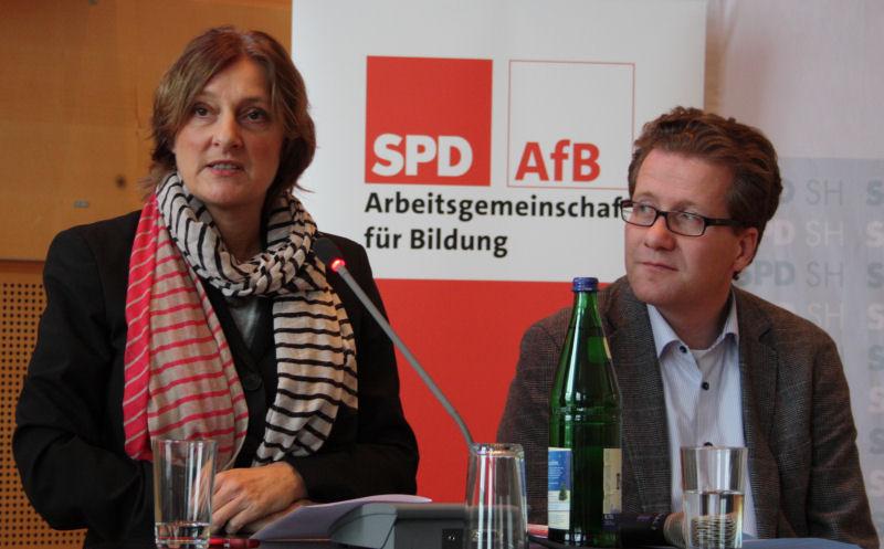 Foto: Britta Ernst und Martin Habersaat