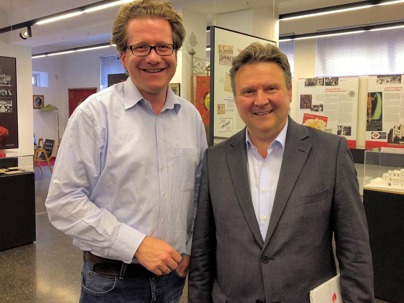 Martin Habersaat und Wiens neuer Bürgermeister Michael Ludwi